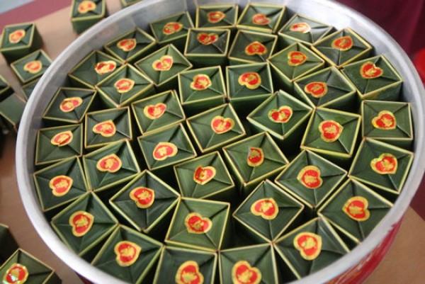 """Banh Phu The""– Vietnamese conjugal cake"