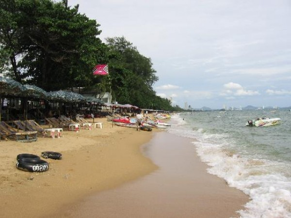 Do Son Beach, a worth-visiting place