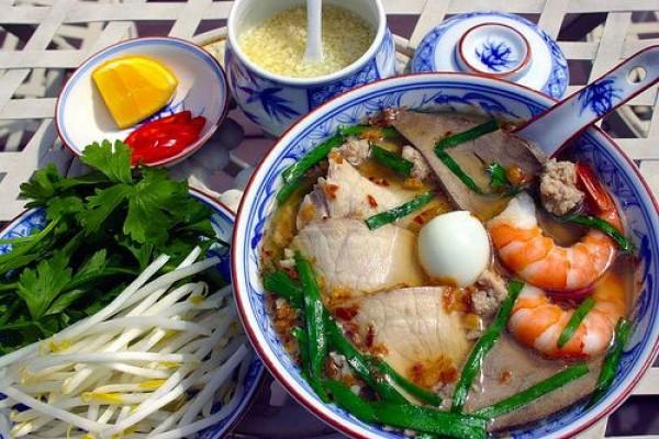 Hu Tieu My Tho ( My tho Noolde Soup )