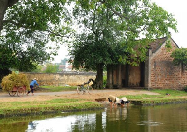 Duong Lam ancient village