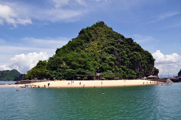 Ti Top Island and Beach