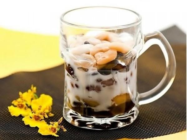 """Chè"" - Vietnamese Sweetened Porridge"