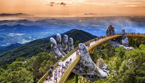 da-nang-golden-bridge-ba-na-hill-hoi-an-4-days-3-nights-package-tour