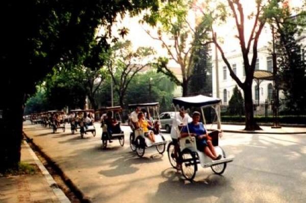 experience-hanoi-by-cyclo