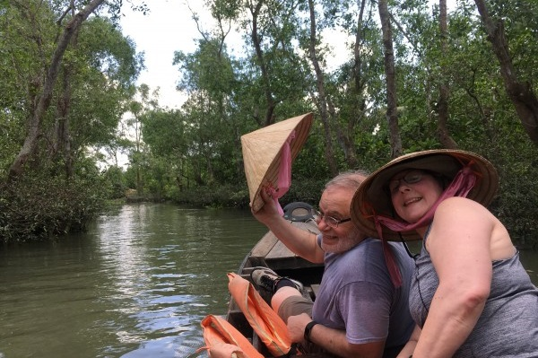 MEKONG DELTA 2 DAY TOUR HOMESTAY - DISCOVER COCONUT ISLAND
