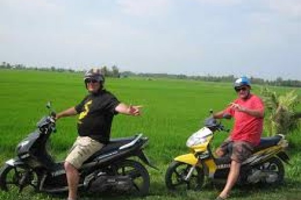 EXPLORE MEKONG DELTA ON WHEELS FOR A DAY