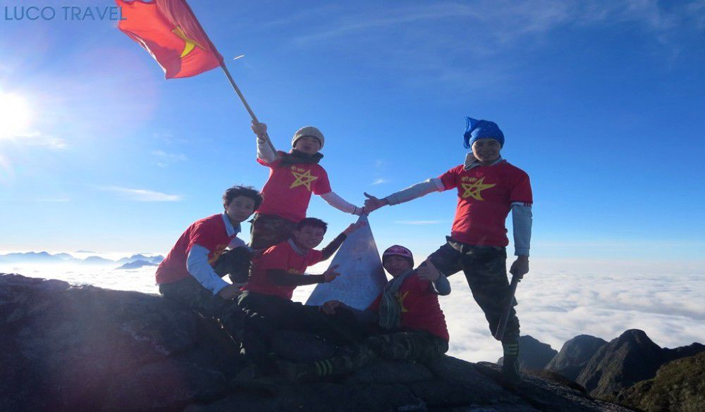 Top_of_Mountain_with_3143m